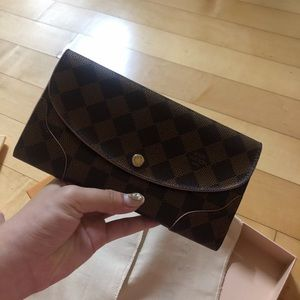Lv damier eben long wallet